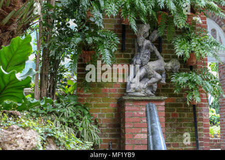 Statue at Phipps Botanical Gardens - Stock Image