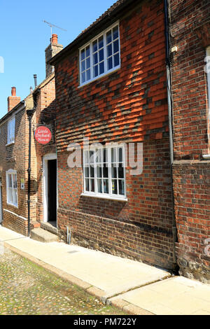 Town house with kent peg tiles, West Street, Rye, East Sussex, UK - Stock Image