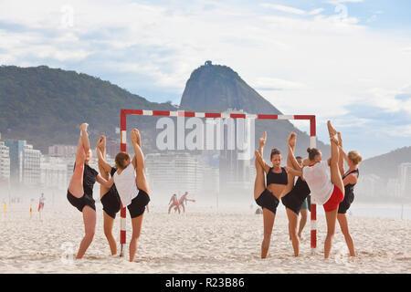 Rio de Janeiro, Brazil - November 2011: Exercise on Copacabana Beach, Copacabana, Rio de Janeiro, Brazil - Stock Image