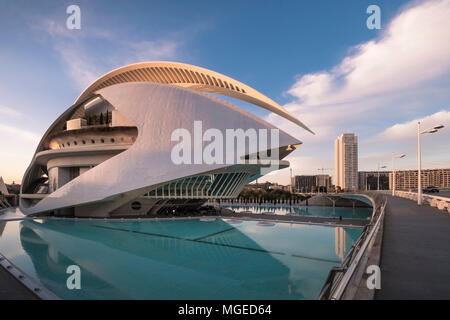Modern architecture of Palau de les Arts Reina Sofia, part of the Ciudad de las Artes y las Ciencias in southern Valencia, Spain. - Stock Image