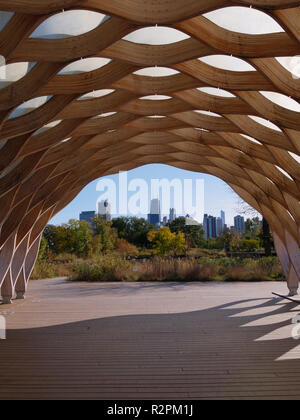 People's Gas Educational Pavilion, Lincoln Park Nature Area, Chicago, Illinois. - Stock Image