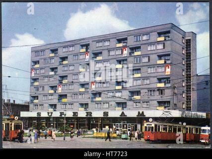 POLAND - CIRCA 1967: A postcard printed in Poland, shows a supermarket Supersam in the city of Zabrze, circa 1967 - Stock Image