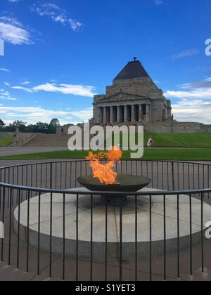 Shrine of Remembrance in Melbourne with eternal flame - Stock Image