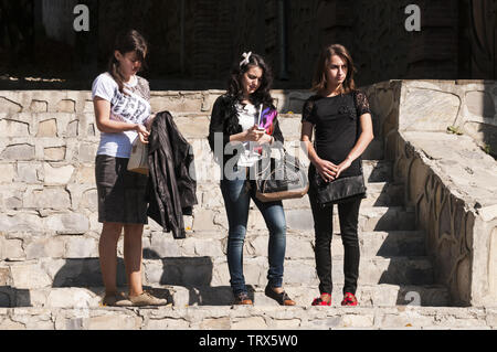 Azerbaijan, Sheki (Shaki), teen girls on stairs - Stock Image