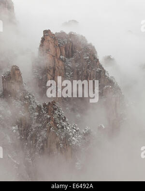 Snow, Huangshan or Yellow Mountains, Anhui Province, China - Stock Image