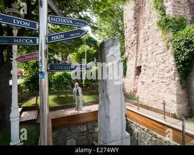 The Milion stone in Sultanahmet Istanbul Turkey. It was the measuring point from Constantinople to all other cities. - Stock Image