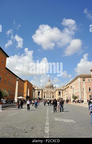 italy, rome, via della conciliazione and st peter's basilica - Stock Image