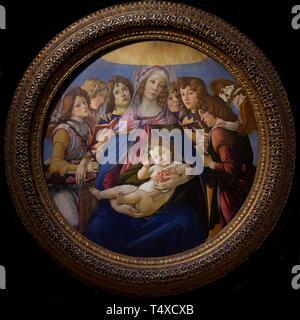 Madonna of the Pomegranate, Sandro Botticelli, circa 1487,  Galleria degli Uffizi, Uffizi Gallery, Florence, Tuscany, Italy - Stock Image