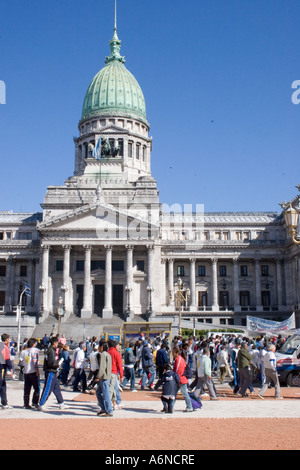 Protest march oustside the Plaza del Congreso - Stock Image