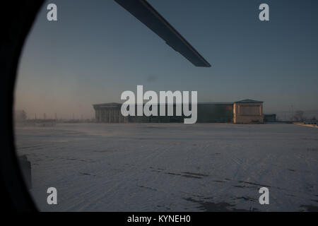Russian Search and Rescue teams arrive at the Zhezkazgan Airport in Kazakhstan, Wednesday, Dec. 13, 2017 to prepare - Stock Image