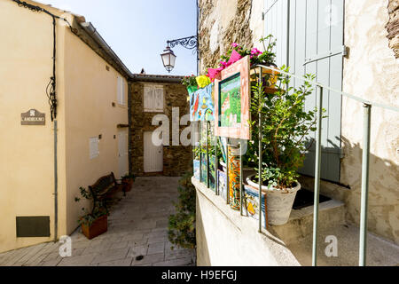 Art is displayed at a residential property in the South of France hilltop village of Gassin, Var, France - Stock Image