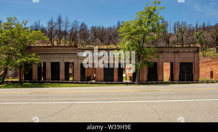 Historic brick ruins of Shasta City, the lusty 'Queen City' of California's northern mining district, along Highway 299, showcasing the Bull Bakery. I - Stock Image