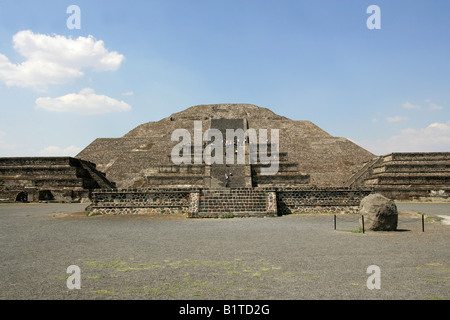 The Pyramid of the Moon, Plaza of the Moon, Teotihuacan, Mexico - Stock Image