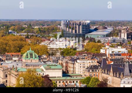 Frankreich, Elsass, Straßburg, Blick über die Altstadt zum Europaviertel, Europaparlament, EU - Stock Image