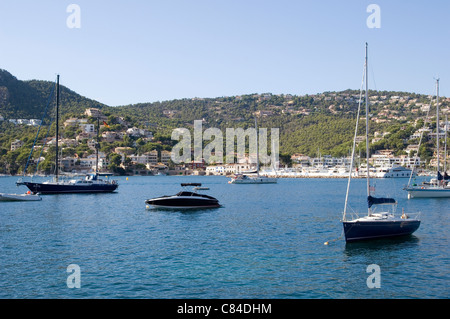 Mallorca, Puerto d'Andratx, yachts at anchor, end of the day - Stock Image
