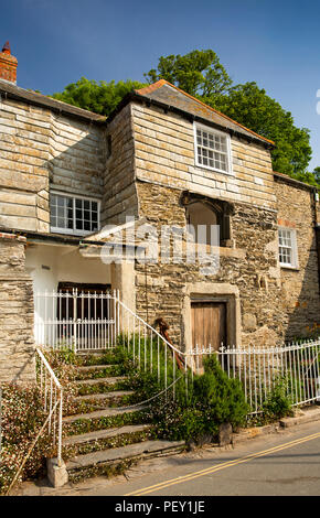 UK, Cornwall, Padstow, North Quay, Abbey House, reputed to be one of Cornwall's oldest houses - Stock Image