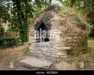 old big oven made of stone near saint lyphard (France) - Stock Image