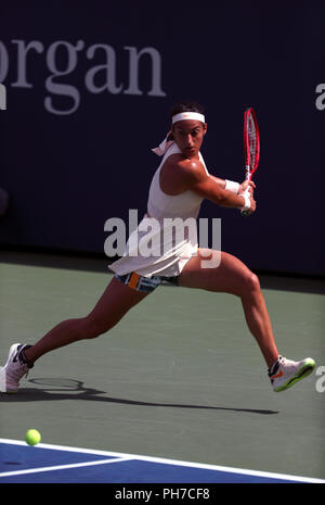 Flushing Meadows, New York - August 30, 2018: US Open Tennis:  Caroline Garcia of France during her second round victory over Monica Puig of Puerto Rico at the US Open in Flushing Meadows, New York. Credit: Adam Stoltman/Alamy Live News - Stock Image