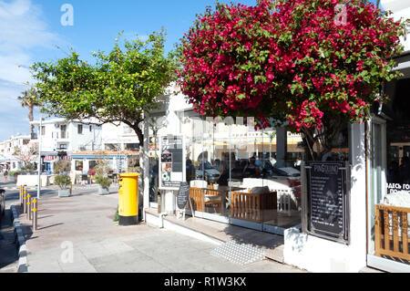 Street scene, Poseidonos Avenue, Paphos (Pafos), Pafos District, Republic of Cyprus - Stock Image