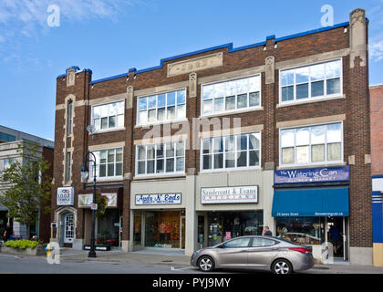 St. Catharines, Ontario, Canada- shops and businesses in an old building on James Street downtown. - Stock Image