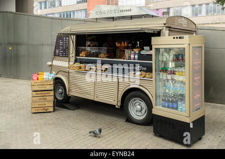Coffee Stall at Paddington Station, London, England, UK - Stock Image