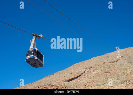 Cable car carrying passengers up to Mount Teide, Teide National Park, Tenerife, Canary Islands - Stock Image