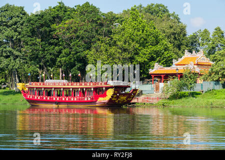 Royal boat moored on Song Huong or Perfume River. Hue, Thừa Thien–Hue Province, Vietnam, Asia - Stock Image