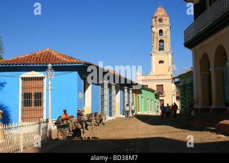 Cuba Trinidad Mule drawn cart in Plaza Mayor with Antiguo Convento de San Francisco de Asis Photo CUBA4896 Copyright - Stock Image
