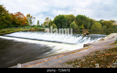 The Shrewsbury Weir on the River Severn in Shropshire, England. - Stock Image