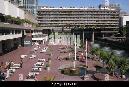 Barbican Arts Centre and residential complex London - Stock Image