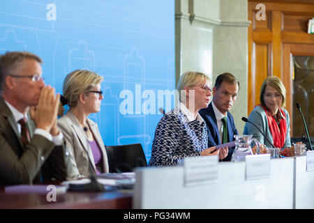 Stockholm, Sweden, August 23, 2018. Foreign Minister Margot Wallstrom launches a manual in feminist foreign policy. Sweden is the first in the world to design and pursue a feminist foreign policy and the handbook is the first of its kind. It contains methods, tips and checklists. The manual should be a resource for both state and non-state actors in the international work for gender equality and all women's and girls' human rights. Credit: Barbro Bergfeldt/Alamy Live News - Stock Image
