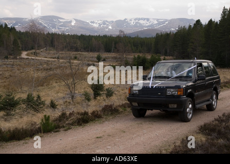 PICTURE CREDIT DOUG BLANE Off road 4WD in Aviemore Scotland - Stock Image
