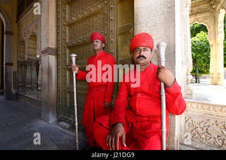 The traditionally-attired doorman at the City Palace Museum, Jaipur, Rajasthan, India - Stock Image
