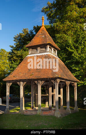 England, Berkshire, Aldworth, village well, England's deepest at 372 feet deep - Stock Image