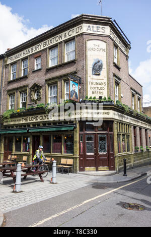 The exterior of the Lord Clyde public house, Clennam Street, Southwark, London SE1, UK - Stock Image