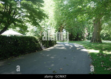 Path, Southwark Park, London, UK - Stock Image
