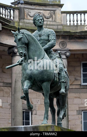 The equestrian statue of Charles II dressed as a Roman Emperor in Parliament Square,Old Town, Edinburgh, Scotland, UK. - Stock Image