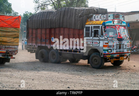 Truck driving on a road in Madhya Pradesh, India - Stock Image