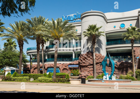 Frontage of Houston downtown aquarium - Stock Image