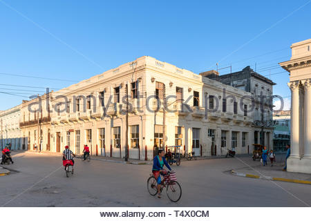 Sagua La Grande, Villa Clara, Cuba, city center which is a Cuban National Monument. Everyday lifestyle of Cuban people. Motion blur of bicycles in the - Stock Image