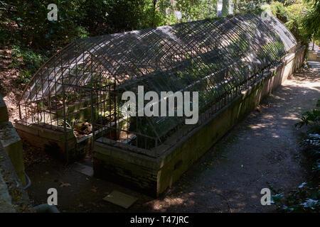 Old Greenhouse. La Concepción botanical garden. Málaga, Andalusia, Spain. - Stock Image