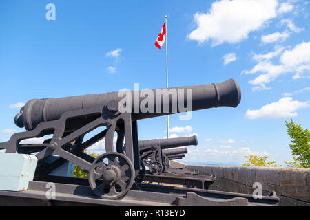 Historic cannons at the ramparts of Old Quebec City date back to 1608 and 1871 when French and British forces fought to control the strategic Citadell - Stock Image