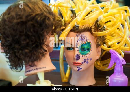 Beauty salon dolls - Stock Image
