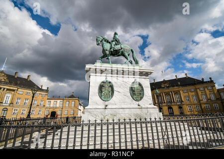 Sculpture of Frederik V on Horseback in Amalienborg Square in Copenhagen, Denmark. - Stock Image