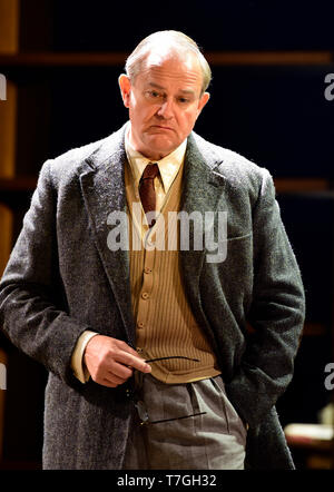 Hugh Bonneville playing C.S. Lewis in Shadowlands by William Nicholson at Chichester Festival Theatre, West Sussex, UK. 1 May 2019. - Stock Image