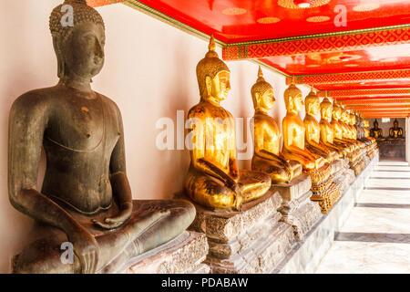 Buddha statues, Wat Pho, Bangkok, Thailand - Stock Image