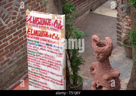 'El Mejunje de Silverio' indoors details of the famous place and tourist attraction. Schedule of activities planned for the month. The local landmark  - Stock Image