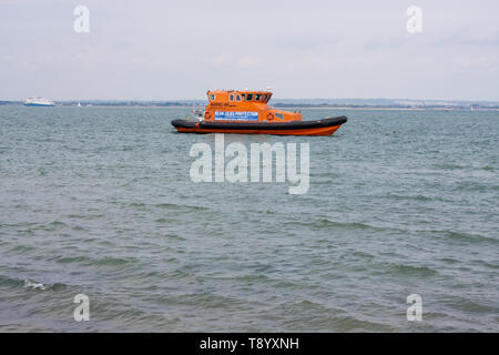 Blue Seas Protection vessel patrolling the waters around the Isle of Wight - Stock Image