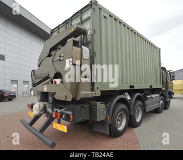 Brno, Czech Republic. 29th May, 2019. Czech Army's Tatra 815 Steelbro KL300 container carrier was presented at the international trade fair of defence and security technology IDET, trade fair of security technology and services ISET and trade fair of firefighting technology PYROS in Brno, Czech Republic, May 29, 2019. Credit: Igor Zehl/CTK Photo/Alamy Live News - Stock Image