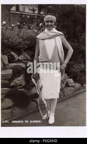 Elia Maria Gonzalez-Alvarez y Lopez-Chicheria , also known as Lili Alvarez (19051998) - a Spanish multi-sport competitor, an international tennis champion, an author, feminist and a journalist. Pictured here at the Wimbledon Lawn Tennis Championships on July 6th 1928. She was finalist in the Women's Singles at Wimbledon in 1926, 1927 and 1928.     Date: 1926 - Stock Image